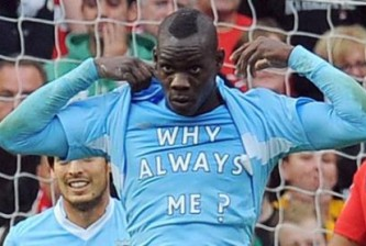 20120308030159-balotelli-why-always-me-t-shirt-manchester-derby-city-united_scl