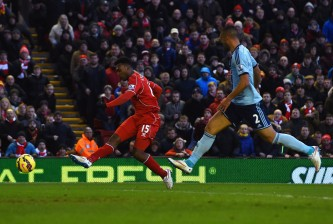 LIVERPOOL, ENGLAND - JANUARY 31: Daniel Sturridge of Liverpool scores his goal during the Barclays Premier League match between Liverpool and West Ham United at Anfield on January 31, 2015 in Liverpool, England.  (Photo by Shaun Botterill/Getty Images)