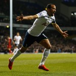 LONDON, ENGLAND - MARCH 04:  Andros Townsend of Spurs celebrates as he scores their third goal during the Barclays Premier League match between Tottenham Hotspur and Swansea City at White Hart Lane on March 4, 2015 in London, England.  (Photo by Steve Bardens/Getty Images)
