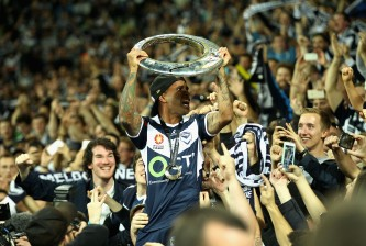 MELBOURNE, AUSTRALIA - MAY 17:  Archie Thompson of Melbourne thanks fans after a win during the 2015 A-League Grand Final match between the Melbourne Victory and Sydney FC at AAMI Park on May 17, 2015 in Melbourne, Australia.  (Photo by Robert Prezioso/Getty Images)