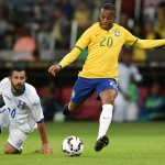 PORTO ALEGRE, BRAZIL - JUNE 10:  Robinho (F) of Brazil and Alfredo Mejía of Honduras compete for the ball during the International Friendly Match between  Brazil and Honduras at Beira Rio Stadium on June 10, 2015 in Porto Alegre, Brazil.  (Photo by Buda Mendes/Getty Images)