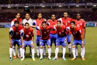 SAN JOSE, COSTA RICA - SEPTEMBER 06:  The Costa Rica national team starters pose prior to facing the United States national team during the FIFA 2014 World Cup Qualifier at Estadio Nacional on September 6, 2013 in San Jose, Costa Rica.  (Photo by Kevin C. Cox/Getty Images)