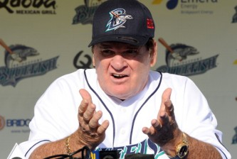 Pete Rose Manages the Bridgeport Bluefish