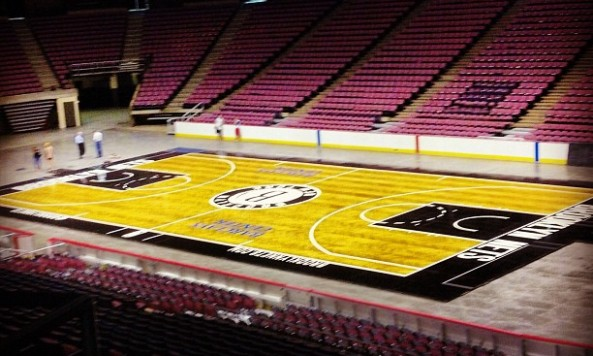 new_floor_at_IZOD