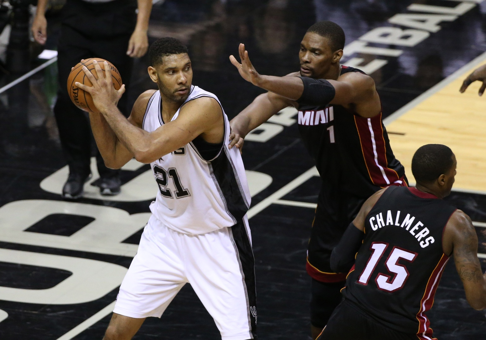 Tim Duncan had another solid game. But four missed free throws will loom large. Soobum Im-USA TODAY Sports
