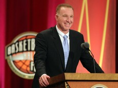 SPRINGFIELD, MA - AUGUST 12: Chris Mullin speaks during the Basketball Hall of Fame Enshrinement Ceremony at Symphony Hall on August 12, 2011 in Springfield, Massachusetts. (Photo by Jim Rogash/Getty Images)