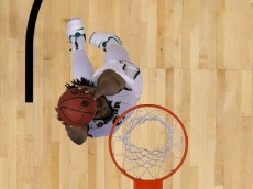 JACKSONVILLE, FL - MARCH 19:  Rico Gathers #2 of the Baylor Bears dunks against the Georgia State Panthers during the second round of the 2015 NCAA Men's Basketball Tournament at Jacksonville Veterans Memorial Arena on March 19, 2015 in Jacksonville, Florida.  (Photo by Kevin C. Cox/Getty Images)