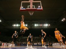 MELBOURNE, AUSTRALIA - FEBRUARY 03:  Mike Helms of the Slingers drives to the basket during the round 20 NBL match between the South Dragons and the Singapore Slingers at Vodafone Arena on February 3, 2007 in Melbourne, Australia.  (Photo by Quinn Rooney/Getty Images)