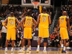 Lakers teammates Kobe Bryant Ron Artest Andrew Bynum and Lamar Odom