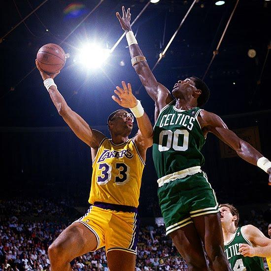 Kareem-vs.-Parish-1987a