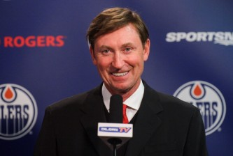 EDMONTON, AB - MARCH 06: Wayne Gretzky gives a press conference between periods during an NHL game between the Edmonton Oilers and the New York Islanders at Rexall Place on March 06, 2014 in Edmonton, Alberta, Canada. (Photo by Derek Leung/Getty Images)