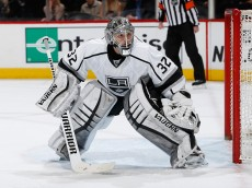 DENVER, CO - MARCH 10:  Goalie Jonathan Quick #32 of the Los Angeles Kings defends the net against the Colorado Avalanche at Pepsi Center on March 10, 2015 in Denver, Colorado. Quick earned a win as he made 21 saves in the Kings 5-2 win over the Avalanche.  (Photo by Doug Pensinger/Getty Images)