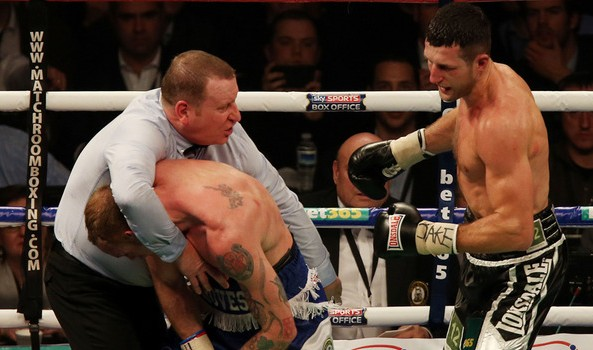 Carl-Froch-v-George-Groves-referee