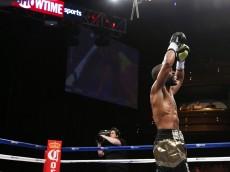 Gary Russell Jr vs Jhonny Gonzalez