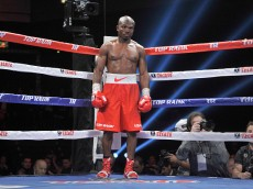 Timothy Bradley Jr. v Diego Chaves