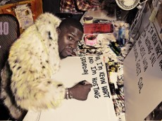 Kevin Hart and Sia Bumper Photos
