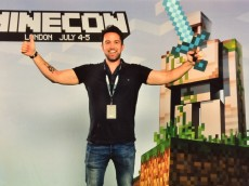 Rob-McElhenney-Minecraft-Movie