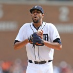 DETROIT, MI - SEPTEMBER 28: David Price #14 of the Detroit Tigers closes his eyes prior to pitching in the fourth inning of the game against the Minnesota Twins at Comerica Park on September 28, 2014 in Detroit, Michigan.  (Photo by Leon Halip/Getty Images)
