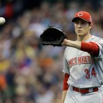 MILWAUKEE, WI - APRIL 23: Homer Bailey #34 of the Cincinnati Reds pitches during the first inning against the Milwaukee Brewers at Miller Park on April 23, 2015 in Milwaukee, Wisconsin. (Photo by Mike McGinnis/Getty Images)  *** Local Caption *** Homer Bailey