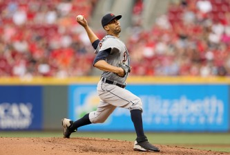 CINCINNATI, OH - JUNE 17:  David Price #14 of the Detroit Tigers throws a pitch during the game against the Cincinnati Reds at Great American Ball Park on June 17, 2015 in Cincinnati, Ohio.  (Photo by Andy Lyons/Getty Images)