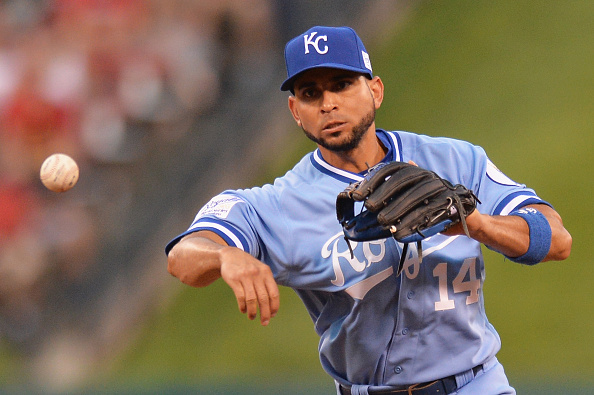 ST. LOUIS, MO - JULY 23: Omar Infante #14 of the Kansas City Royals fields the ball in the fifth inning against the St. Louis Cardinals at Busch Stadium on July 23, 2015 in St. Louis, Missouri.  (Photo by Michael Thomas/Getty Images)