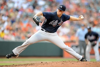 BALTIMORE, MD - JULY 27:  Alex Wood #40 of the Atlanta Braves pitches in the second inning against the Baltimore Orioles at Oriole Park at Camden Yards on July 27, 2015 in Baltimore, Maryland.  (Photo by Greg Fiume/Getty Images)