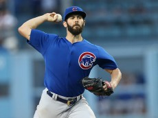LOS ANGELES, CA - AUGUST 30:  Jake Arrieta #49 of the Chicago Cubs throws a pitch against the Los Angeles Dodgers at Dodger Stadium on August 30, 2015 in Los Angeles, California.  (Photo by Stephen Dunn/Getty Images)
