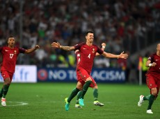 MARSEILLE, FRANCE - JUNE 30: (L to R) Nani, Jose Fonte and Pepe of Portugal celebrate their team's win through the penalty shootout after the UEFA EURO 2016 quarter final match between Poland and Portugal at Stade Velodrome on June 30, 2016 in Marseille, France.  (Photo by Laurence Griffiths/Getty Images)