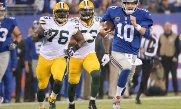 Eli Manning Running