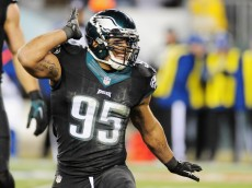 PHILADELPHIA, PA - DECEMBER 07:  Mychal Kendricks #95 of the Philadelphia Eagles reacts against the Seattle Seahawks in the first half of the game at Lincoln Financial Field on December 7, 2014 in Philadelphia, Pennsylvania.  (Photo by Evan Habeeb/Getty Images)
