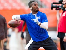 CLEVELAND, OH - AUGUST 20: Quarterback Tyrod Taylor #5 of the Buffalo Bills warms up prior to a preseason game against the Cleveland Browns at FirstEnergy Stadium on August 20, 2015 in Cleveland, Ohio. (Photo by Jason Miller/Getty Images)