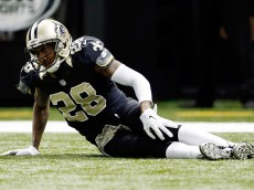 NEW ORLEANS, LA - NOVEMBER 09:  Keenan Lewis #28 of the New Orleans Saints is injured on a play during the second quarter of a game against the San Francisco 49ers at the Mercedes-Benz Superdome on November 9, 2014 in New Orleans, Louisiana.  (Photo by Wesley Hitt/Getty Images)