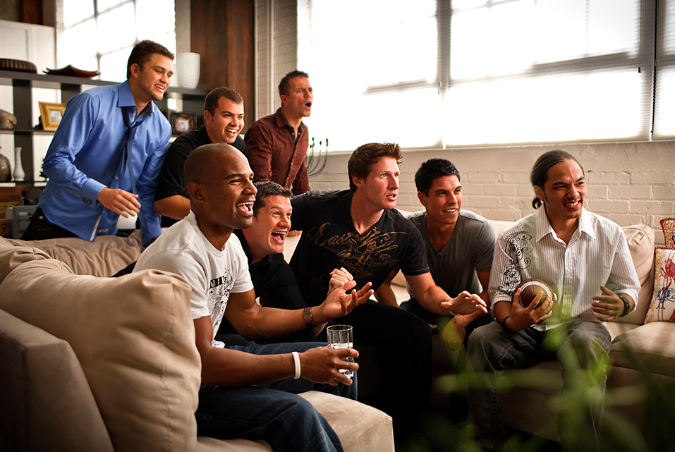 How to Have The Ultimate Football Party In Your Home