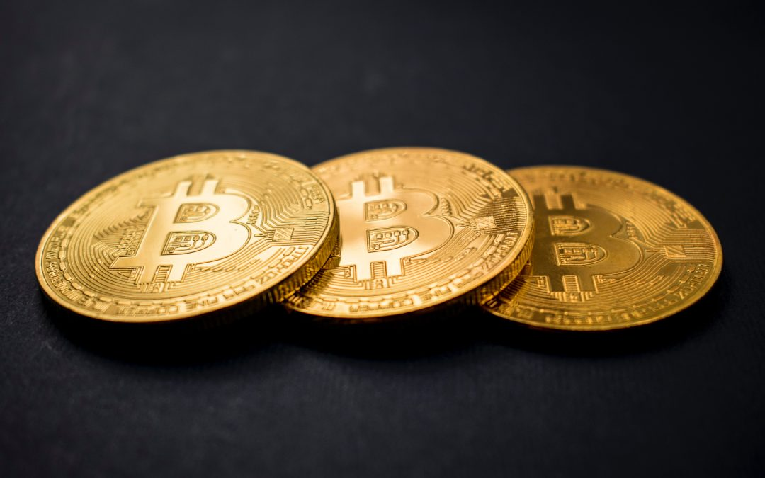 Bitcoin features, how it works and its mining