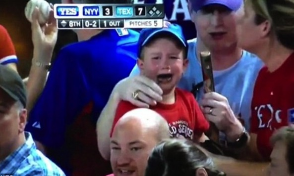 Texas-Rangers-Couple-Catches-Foul-Ball-Refuse-to-Give-It-to-Hysterical-Child-Next-to-Them[1]