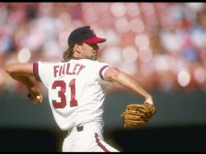 1990:  Pitcher Chuck Finley of the California Angels throws a pitch during a game at Anaheim Stadium in Anaheim, California. Mandatory Credit: Stephen Dunn  /Allsport