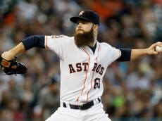 HOUSTON, TX - SEPTEMBER 06:  Dallas Keuchel #60 of the Houston Astros throws in the first inning against the Minnesota Twins at Minute Maid Park on September 6, 2015 in Houston, Texas.  (Photo by Bob Levey/Getty Images)
