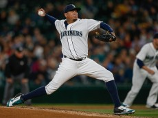 SEATTLE, WA - SEPTEMBER 15:  Starter Felix Hernandez #34 of the Seattle Mariners pitches against the Los Angeles Angels of Anaheim in the third inning at Safeco Field on September 15, 2015 in Seattle, Washington.  (Photo by Otto Greule Jr/Getty Images)