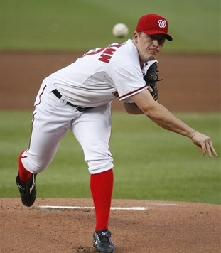 capt.fd01506b5acd4cce8b841b1a4793f32a.cardinals_nationals_baseball_nat102