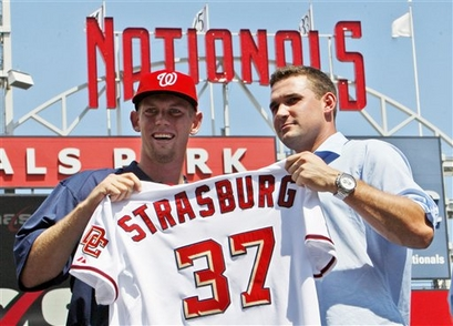 capt.5db39637343e424aae51c49abf95babd.nationals_strasburg_baseball_nat102