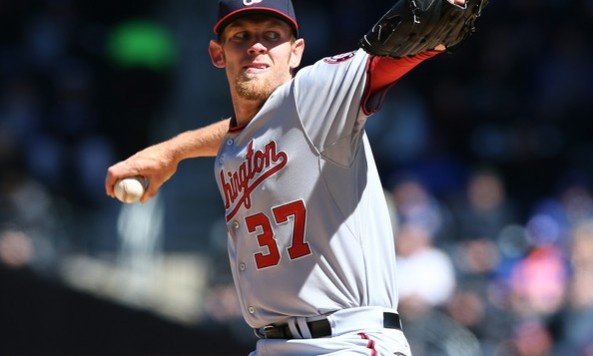 Stephen+Strasburg+Washington+Nationals+v+New+UGXxeGXcfCOl
