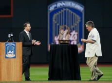 NEW YORK - AUGUST 22:  Tom Seaver is introduced during the presentation commemorating the New York Mets 40th anniversary of the 1969 World Championship team on August 22, 2009 at Citi Field in the Flushing neighborhood of the Queens borough of New York City.  (Photo by Jared Wickerham/Getty Images)