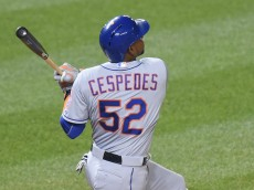WASHINGTON, DC - SEPTEMBER 09:  Yoenis Cespedes #52 of the New York Mets hits a two run home run in the eight inning during a baseball game against the Washington Nationals at Nationals Park on September 9, 2015 in Washington, DC.  The Mets won 5-3.  (Photo by Mitchell Layton/Getty Images)
