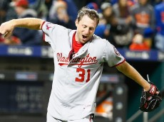 NEW YORK, NY - OCTOBER 03:  Max Scherzer #31 of the Washington Nationals celebrates his no hitter against the New York Mets after their game at Citi Field on October 3, 2015 in New York City.  (Photo by Al Bello/Getty Images)
