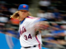 NEW YORK, NY - MAY 22:  Noah Syndergaard #34 of the New York Mets pitches against the Milwaukee Brewers during their game at Citi Field on May 22, 2016 in New York City.  (Photo by Al Bello/Getty Images)
