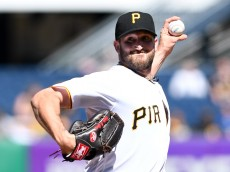 PITTSBURGH, PA - JUNE 07:  Jonathon Niese #18 of the Pittsburgh Pirates delivers a pitch in the first inning during the game against the New York Mets at PNC Park on June 7, 2016 in Pittsburgh, Pennsylvania. (Photo by Justin Berl/Getty Images)