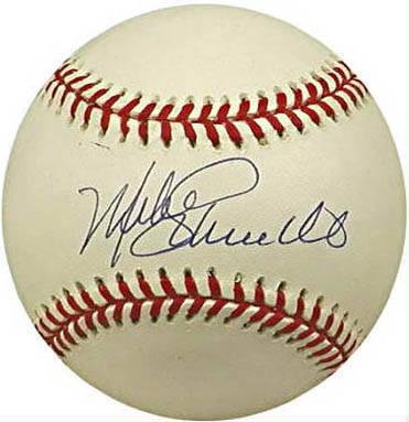Mike Schmidt's classic signature