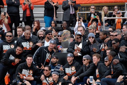 2012giants-team-trophy1000