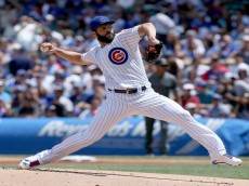 CHICAGO, IL - JUNE 5:  Jake Arrieta #49 of the Chicago Cubs pitches in the first inning against the Arizona Diamondbacks at Wrigley Field on June 5, 2016 in Chicago, Illinois. (Photo by Dylan Buell/Getty Images)