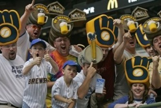 brewers fans